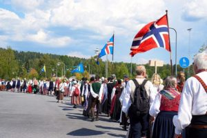 Meld  interesse:  Folkedansstemne  på  Åland